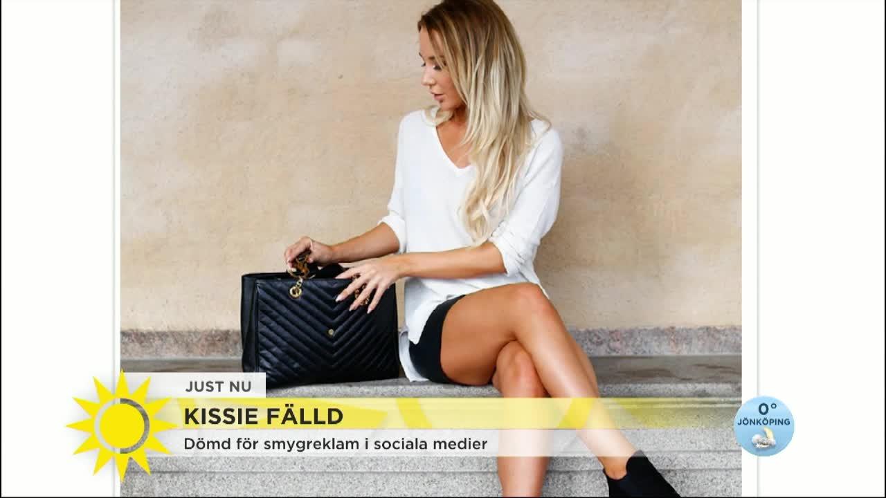 14 arig bloggare falld for smygreklam