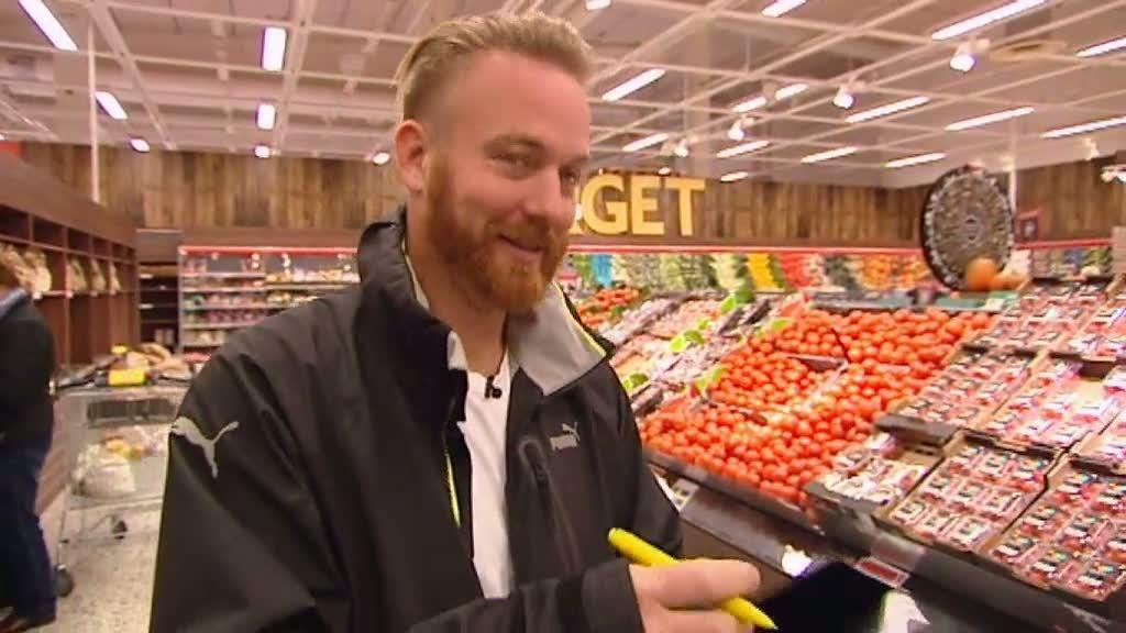Lars planerar att bjuda sina gäster på en högst otippad ingrediens