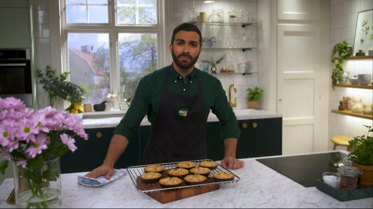 Kökets baktips: Rabarber- och hallonpaj med crumble