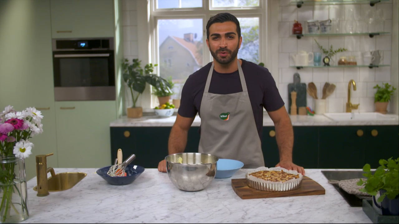 Kökets baktips: Körsbärskaka med vaniljvisp