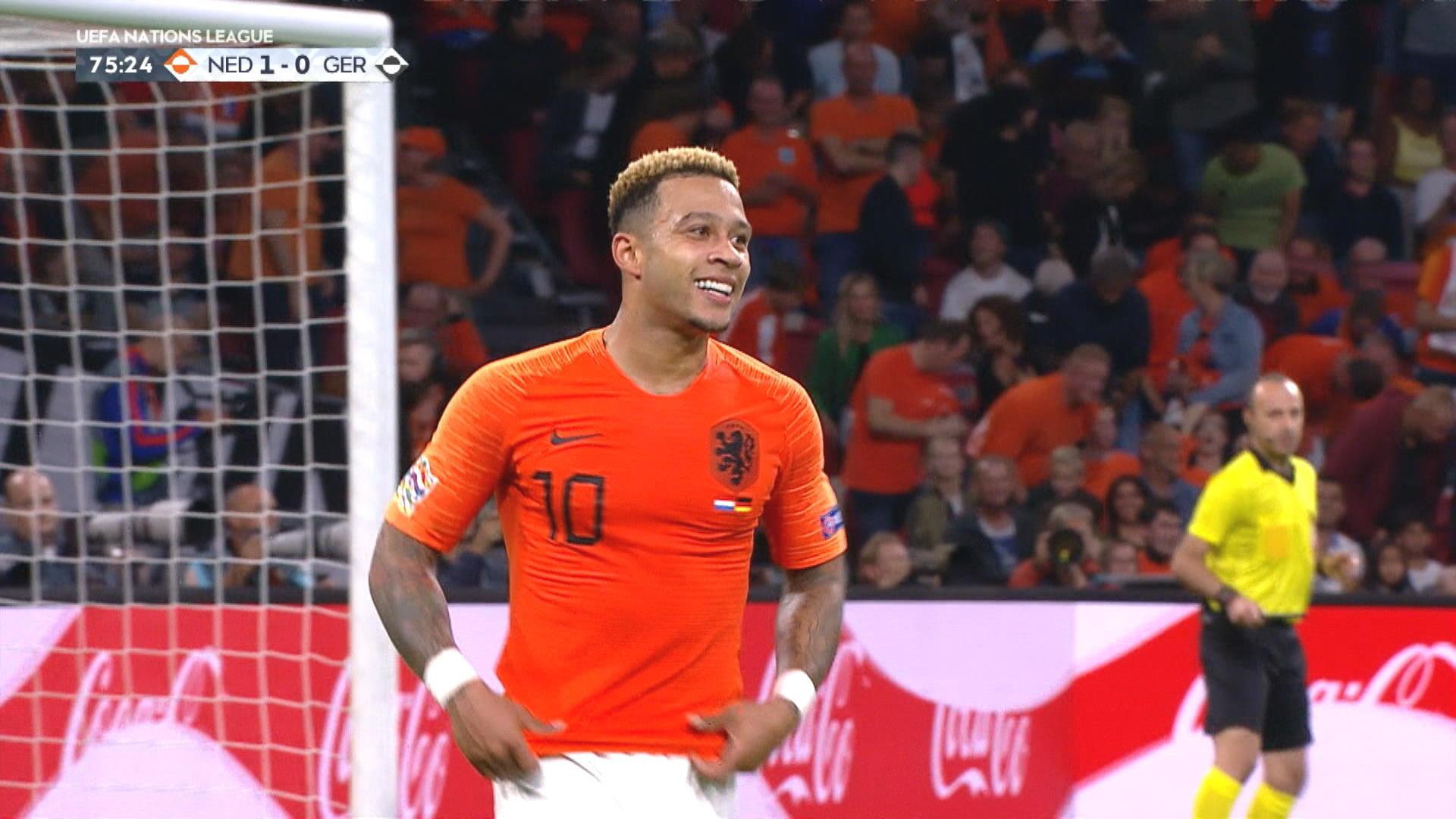 Holland segrare i galen match