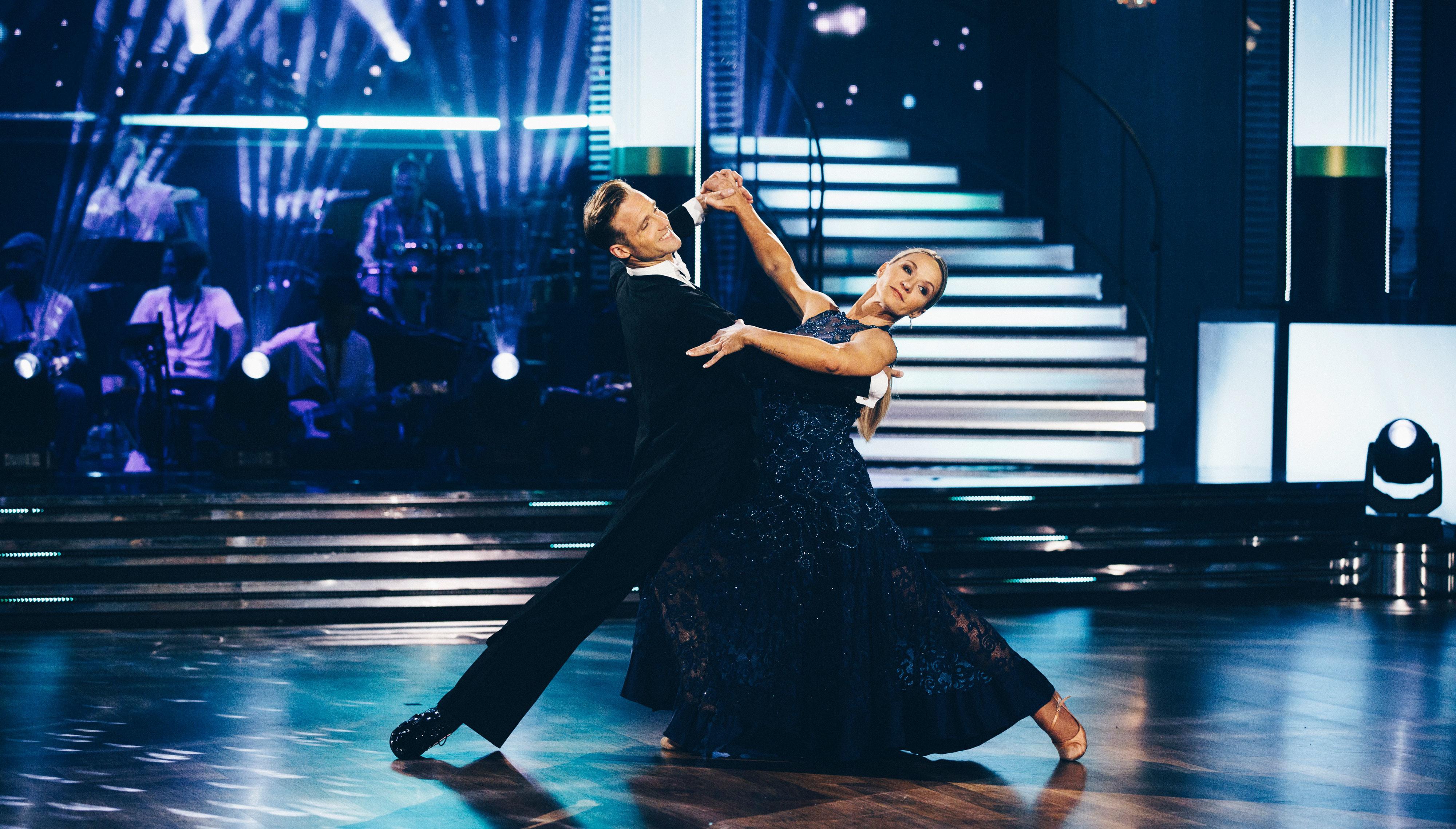 dejta en salsa dansare