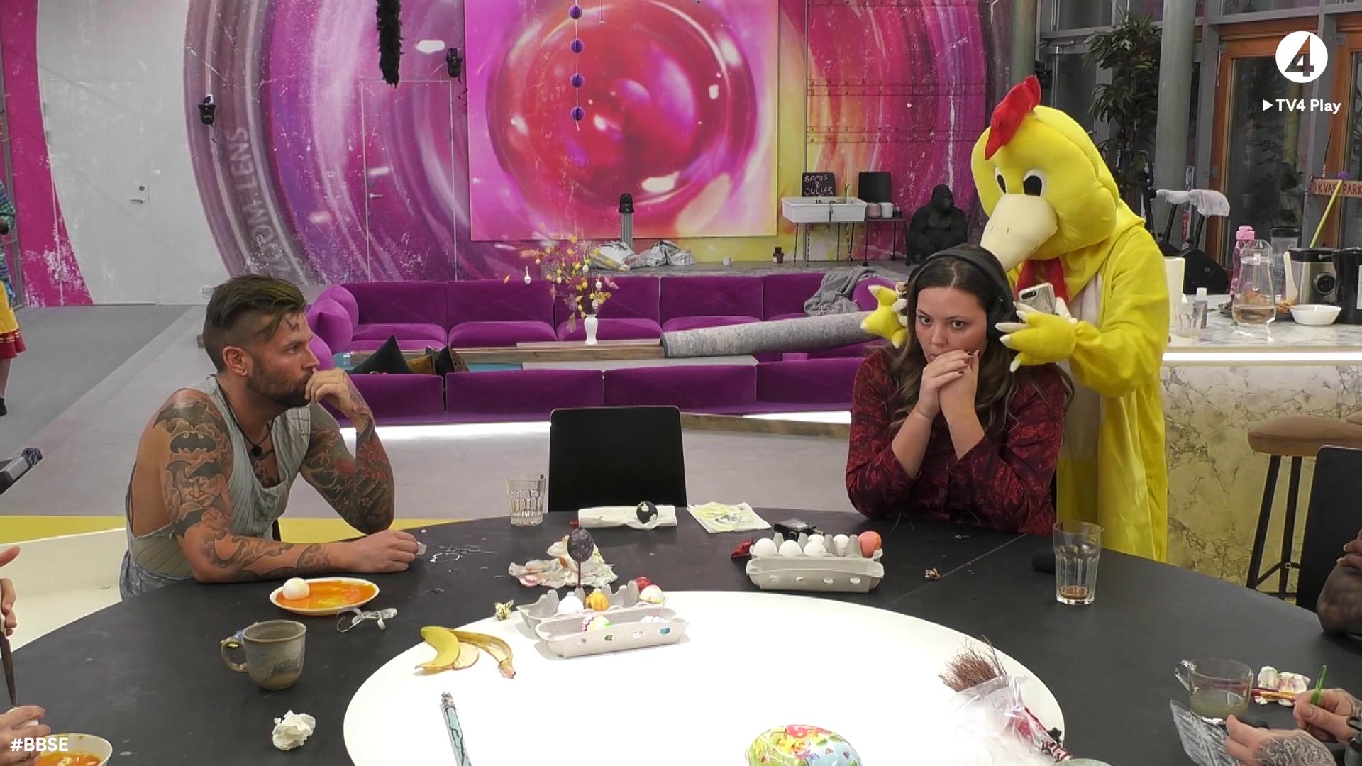 """Tårar när Antonia """"Anty"""" Johnson överraskar sina vänner i Big Brother"""
