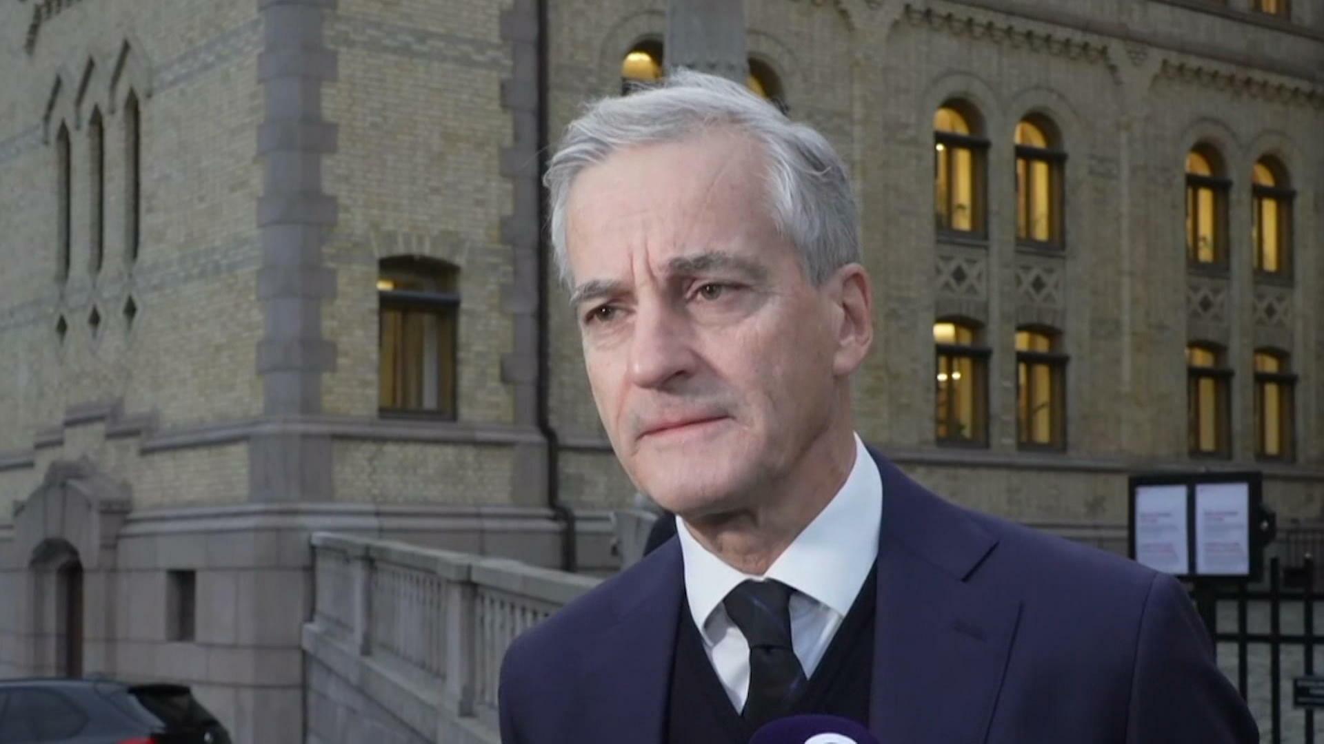 """""""Det är chockerande"""" – Norges nya statsminister om pilbågsattacken"""