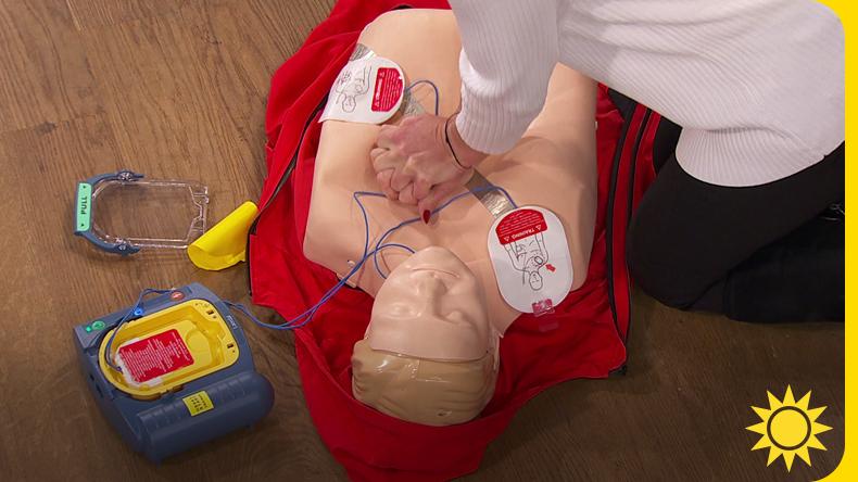 Så räddar du liv med en hjärtstartare